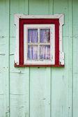 木製の小屋ウィンドウ - avieiro s 漁師 — ストック写真