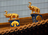 Gouden olifanten dak hoogste jing een tempel shanghai china — Stockfoto
