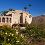 Mission San Juan Capistrano Church Ruins Rose Garden California — Stock Photo