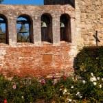 Mission San Juan Capistrano Church Wall Bells Ruins Rose Garden — Stock Photo #9634549