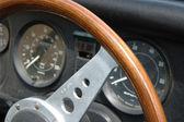 老式汽车仪表板 — 图库照片