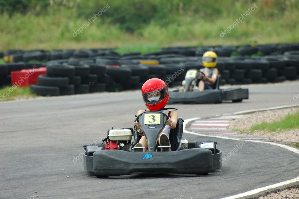 Go kart race with lady drivers — Stock Photo #9145401