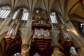 Pipe organ in Interior of St. Michael and St. Gudula Cathedral, Brussels — Stock Photo