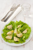 Salad artichoke with lettuce on the plate — Stock Photo