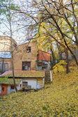 Sonbahar, eski bir ev. kreschatik caddesi kyiv — Stok fotoğraf