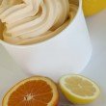 Frozen Soft Serve Yogurt — Stock Photo