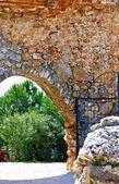 Turkije. toegangspoort naar het fort. kasteel alanya. — Stockfoto