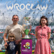 2012, May, 5th, Wroclaw in Poland - Posing in front of famous UEFA CUP — Stock Photo #10446145