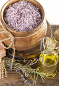 Sea-salt and dried lavender — Stock Photo