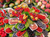 Fresh fruits market — Foto Stock
