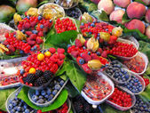 Fresh fruits market — Stock Photo