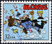 UNITED STATES OF AMERICA - CIRCA 1995: A stamp printed in USA dedicated to comic strip classics, shows Blondie, circa 1995 — Stock Photo