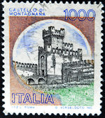 ITALY - CIRCA 1980: A stamp printed in Italy, shows the Castle of San Zeno, Italian series of castles , circa 1980 — Stock Photo
