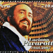 PERU - CIRCA 2009: A stamp printed in Peru shows Luciano Pavarotti, famous tenor, circa 2009 — Stock Photo