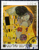 FRANCE - CIRCA 2002: A stamp printed in France shows The Kiss by Gustav Klimt, circa 2002 — Stock Photo