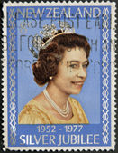 NEW ZELAND - CIRCA 1977: A Stamp printed in New Zealand showing Portrait of Queen Elizabeth, circa 1977. — Stock Photo