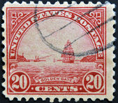 USA - CIRCA 1922: A stamp printed in USA shows Golden Gate in San Fracisco, circa 1922 — Stock Photo
