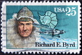 Stamp printed in USA shows Amiral Richard Evelyn Byrd — Stock Photo
