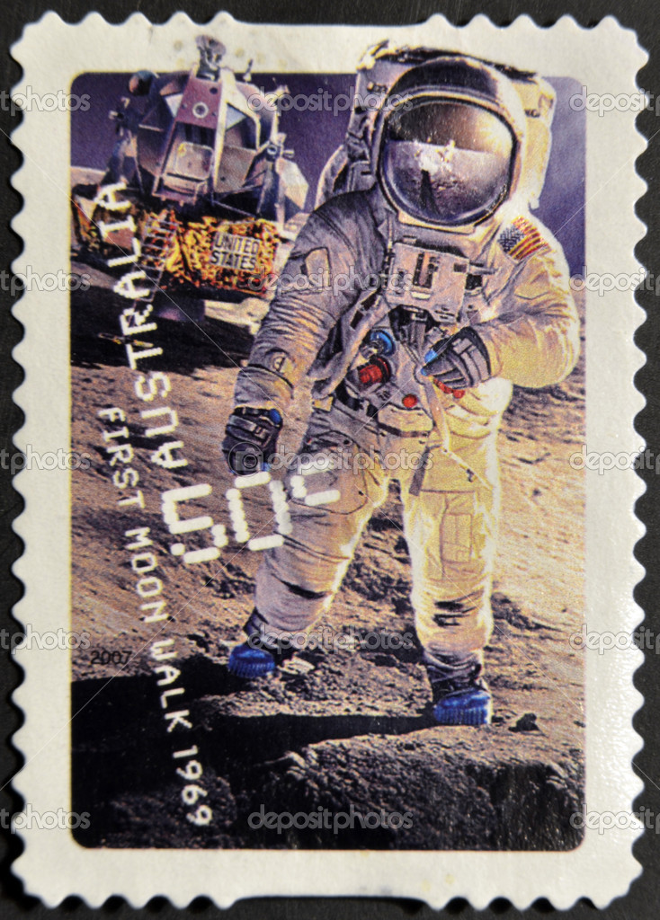 AUSTRALIA - CIRCA 2007: A stamp printed in Australia shows first moon walk 1969, circa 2007 — Stock Photo #9443697