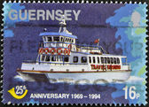 GUERNSEY - CIRCA 1994: A stamp printed in Guernsey shows a ship, circa 1994 — Stockfoto