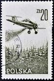 POLAND - CIRCA 1977: A stamp printed in Poland shows plane off the mountain fire, circa 1977 — Zdjęcie stockowe
