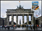 GERMANY - CIRCA 1990: A postcard printed in Germany commemorates the fall of the Berlin Wall on November 9, 1989, shows brandenburg gate, circa 1990 — Stock Photo