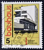 GERMANY -CIRCA 1980: A stamp printed in GDR (East Germany) shows building, honoring Bauhaus architectural school, circa 1980 — Стоковое фото