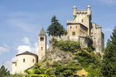 Saint-Pierre (Aosta, Italy) - The castle and church — Stock Photo