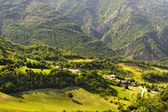 Village in Umbria and mountains — Stock Photo