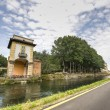 Villa Gaia and the Naviglio Grande — Stockfoto