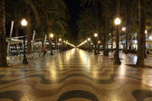Geceleri, katalonya i̇spanya ışıklı alicante mesire — Stok fotoğraf
