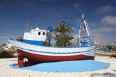 Pesca en barco en puerto de mazarrón, región de murcia, españa — Foto de Stock