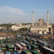 Bus station and the New Mosque in Istanbul — 图库照片