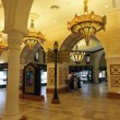 Gold Souk inside of Dubai Mall — стоковое фото #8007899