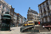 Street scenery in the old town of Porto, Portugal — Stock Photo