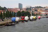 Vila Nova de Gaia and old Port Wine transport ships, Portugal — Stock Photo