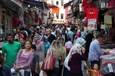 Crowded street in the city of Istanbul, Turkey — ストック写真