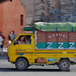 Small colorful truck in a street of Marrakesh, Morocco. — 图库照片
