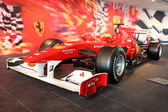 Formula One Racing Car in Ferrari World Theme Park in Abu Dhabi — Stock Photo