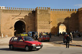 Petit Taxi in front of the old city wall of Fes, Morocco — Stock Photo