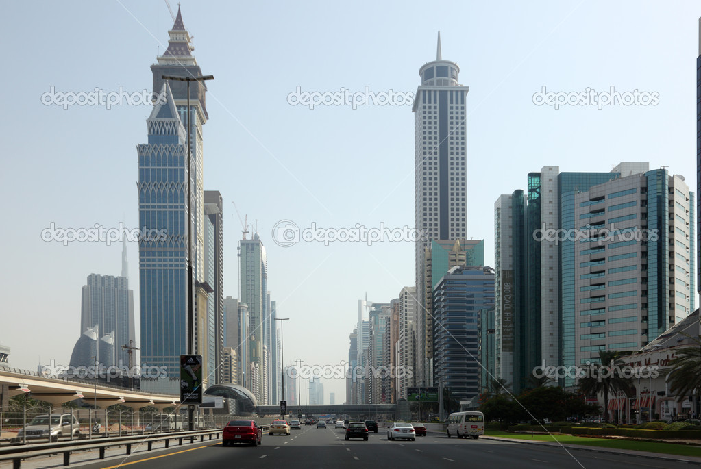 Sheikh Zayed Road in Dubai, United Arab Emirates.  — Stock Photo #8015870