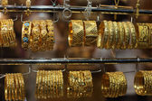 Jewelry for sale in the Gold Souq of Doha, Qatar — Stock Photo