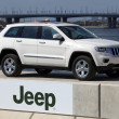 Jeep Grand Cherokee presented in Dubai Festival City — Stock Photo