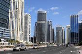 Street at Jumeirah Lakes Towers in Dubai — Stock Photo