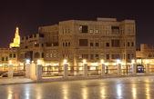 Souq waqif illuminato di notte, doha qatar — Foto Stock