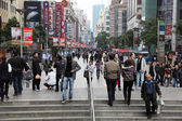 Shopping district at Nanjing Road in Shanghai, China — Stock Photo