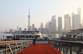 Ferry over the Huangpu River to Pudong, Shanghai China — Stock Photo