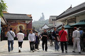 Ngon Ping Village and the giant buddha statue in Lantau, Hong Kong — Stock Photo