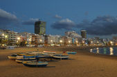 Beach Playa de Las Canteras in Las Palmas de Gran Canaria — Stock Photo
