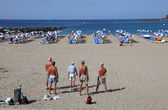 Men playing Petanque on the beach. Playa de las Vistas, Los Cristianos, Tenerife — Stock Photo